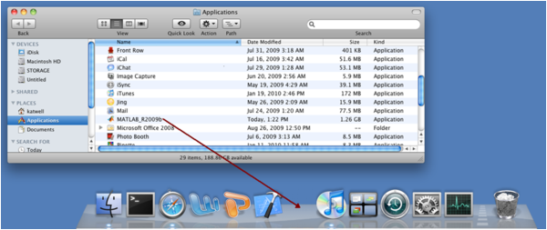 Dragging the MATLAB app from Applications to the Dock