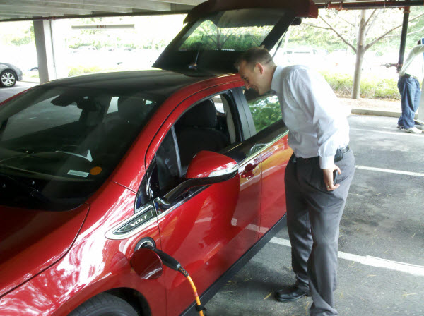 Seth looking in on the Chevy Volt