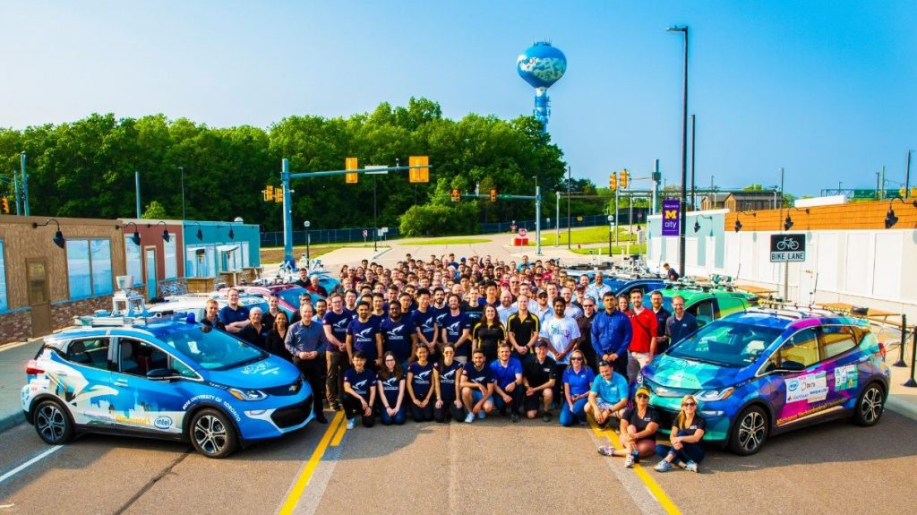 Students aiming for SAE Level 4 Autonomy by 2020  - AutoDrive Challenge™